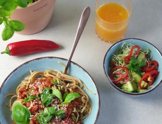 Anatomia Jedzenia Spaghetti dla mięsożerców